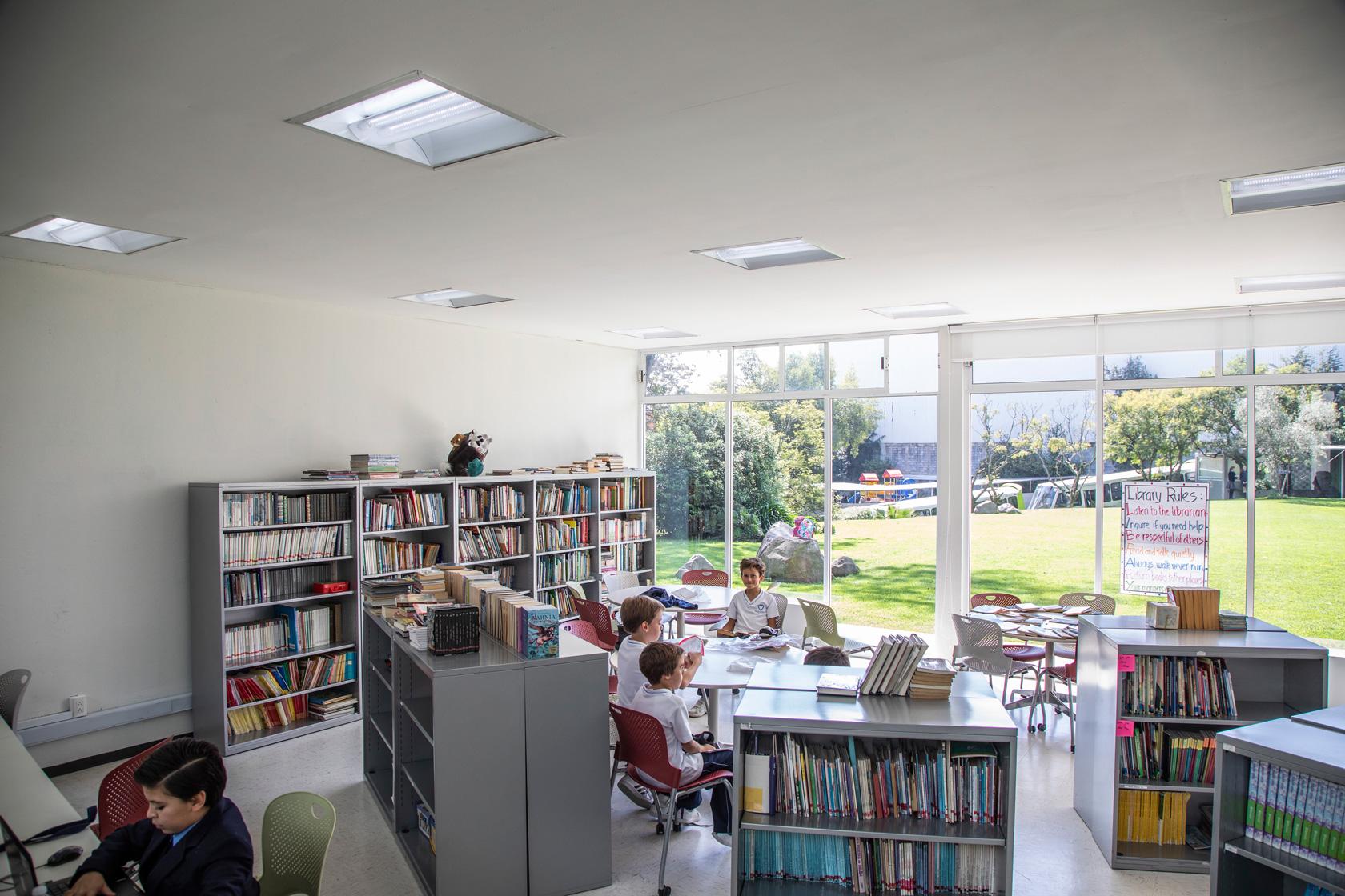Winpenny-biblioteca
